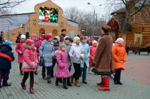 В гостях у настоящего Деда Мороза в Подмосковных Кузьминках…